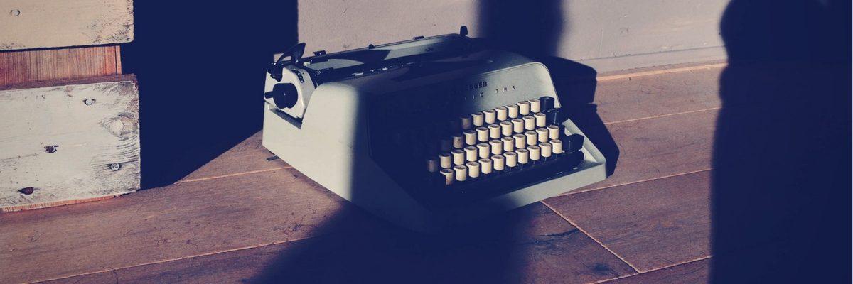 a photo of a typewriter